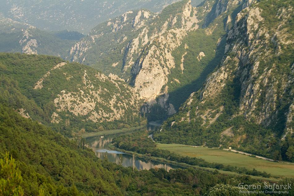cetina, polje, rijeka, dalmacija, kanjon, omiš