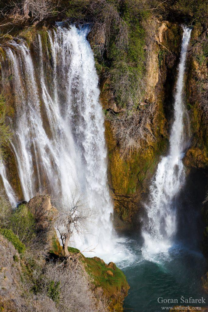 Krka, Dalmacija, rijeka, Šibenik, sedra, kanjon, slapovi, turizam, nacionalni park krka, Manojlovački buk