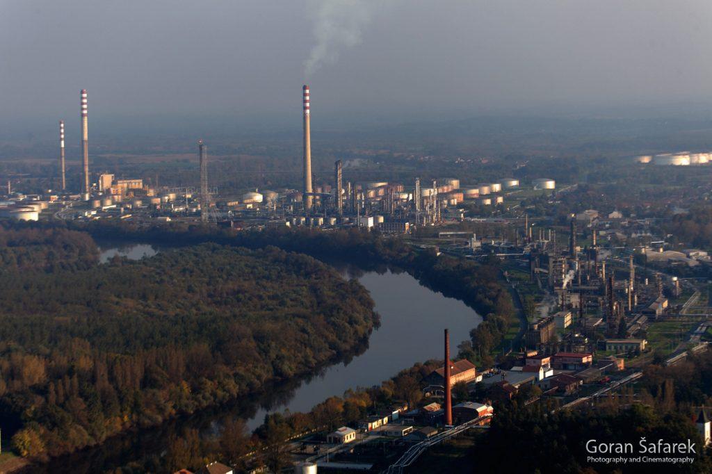 sisak, rijeka, sava, posavina, industrija, rafinerija